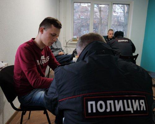 Ростовский штаб Навального могут оштрафовать завстречу сизбирателями